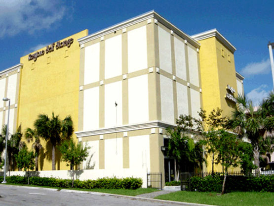 Painting Contractor & Waterproofing Davie services the entire state of Florida for all painting needs whether residential or commercial.